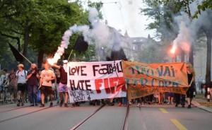 2014-06-14_Zurich_lovefootballhatefifa